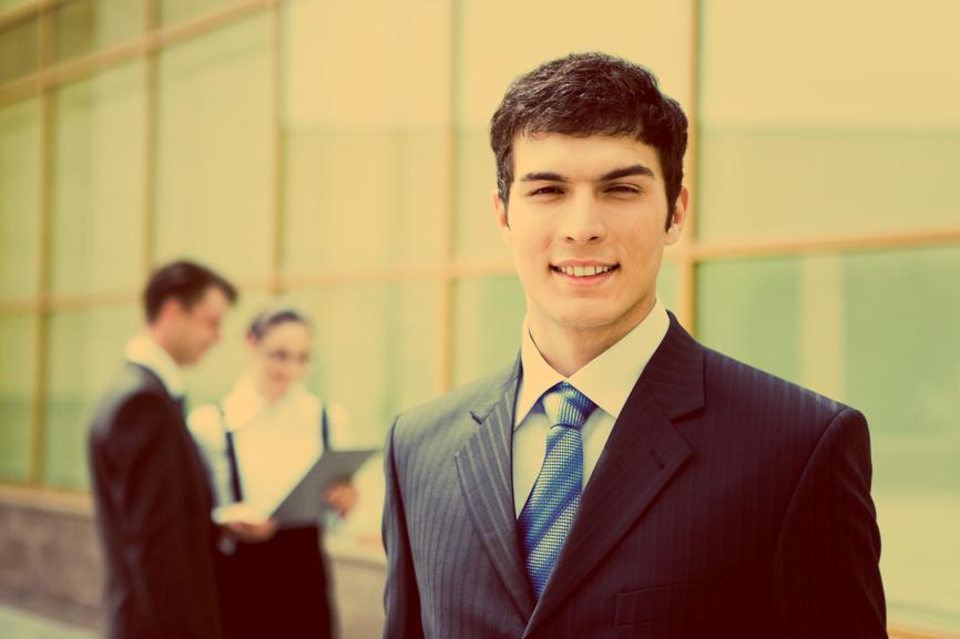 Новая работа - повод добиться авторитета и уважения будущих коллег