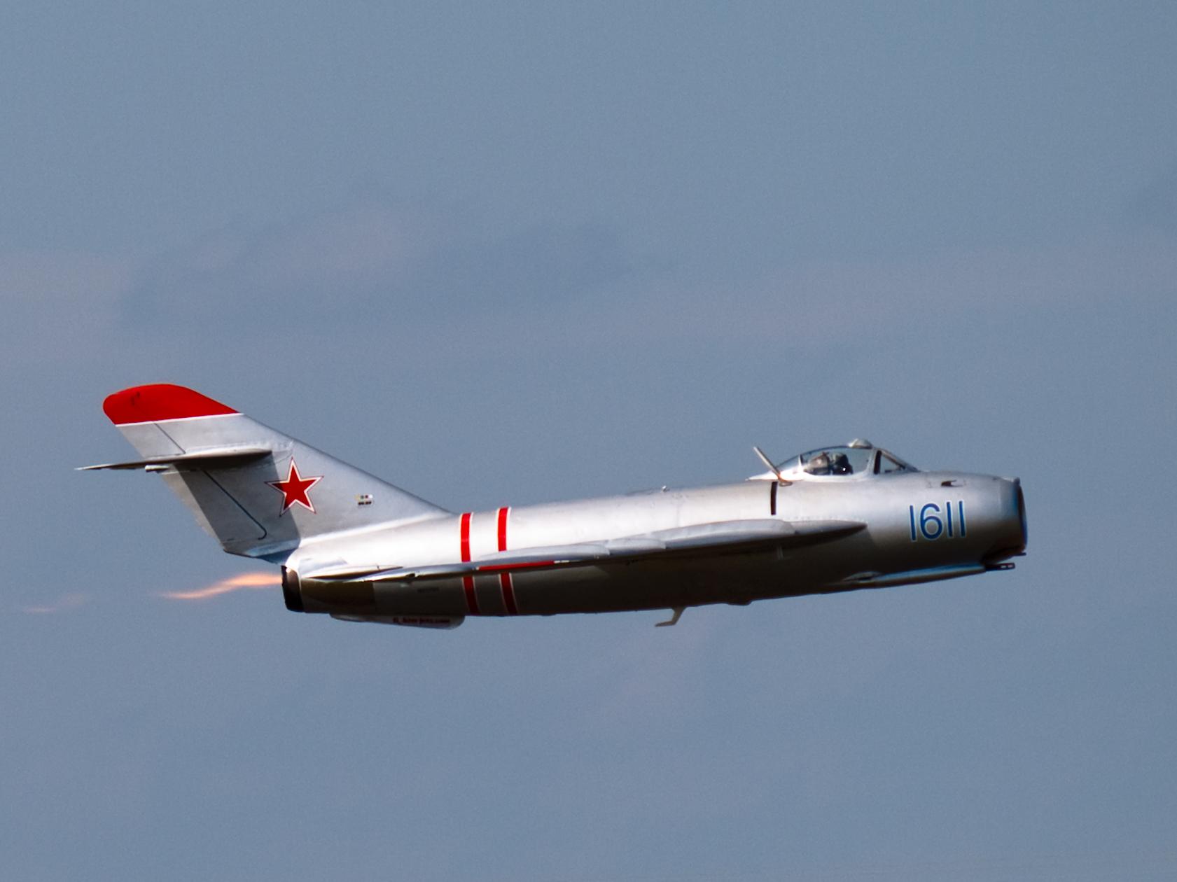 МиГ-17 разрабатывался на базе морально устаревающего МиГ-15