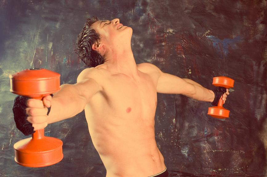 Чаще всего боль в суставах возникает из-за неправильных движений