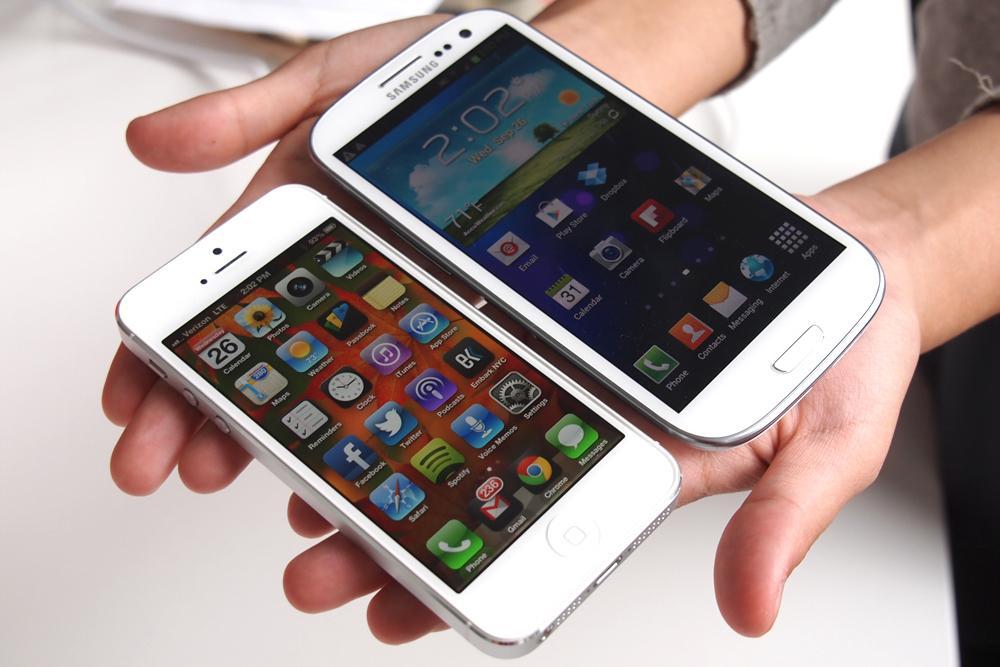 iPhone 5 и Galaxy SIII
