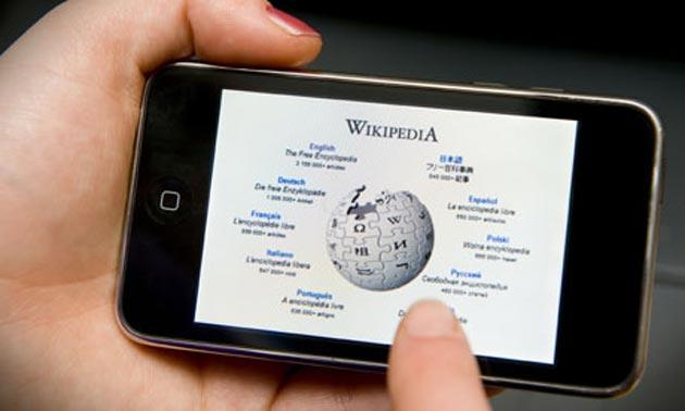 Википедия будет отслеживать положение телефонов