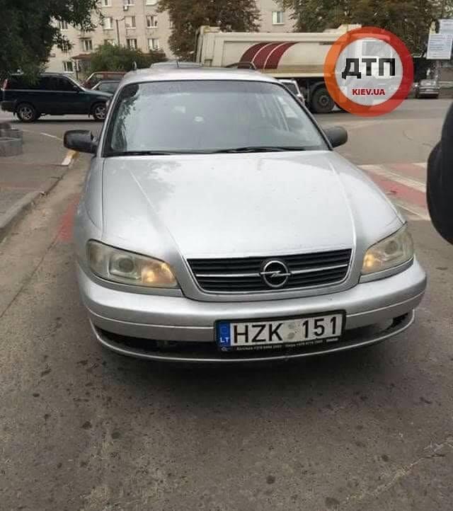 Детей сбила водитель авто на литовских номерах