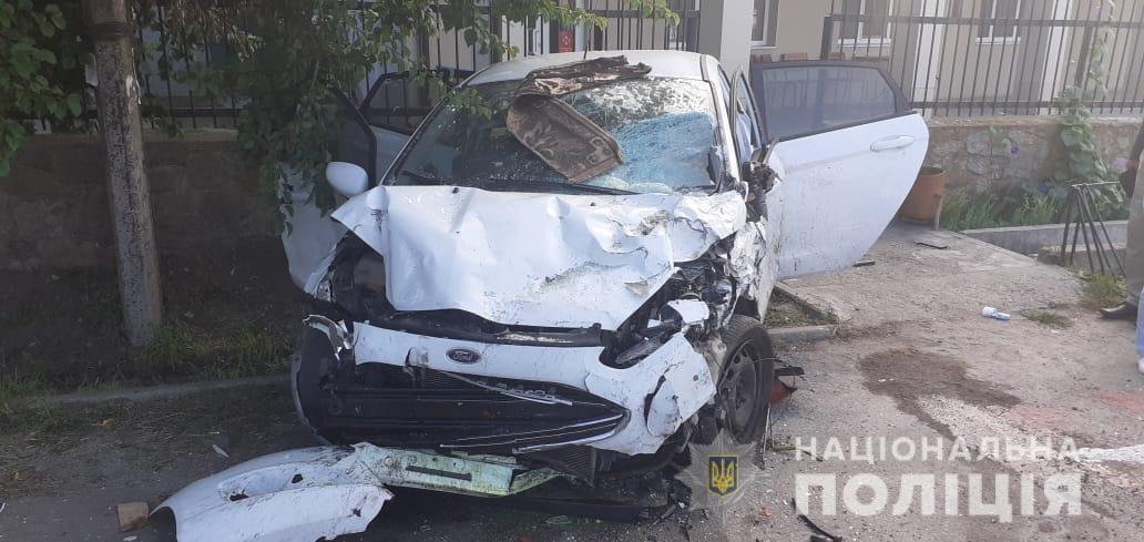 В результате пассажир ВАЗа, 23-летний мужчина, погиб на месте происшествия