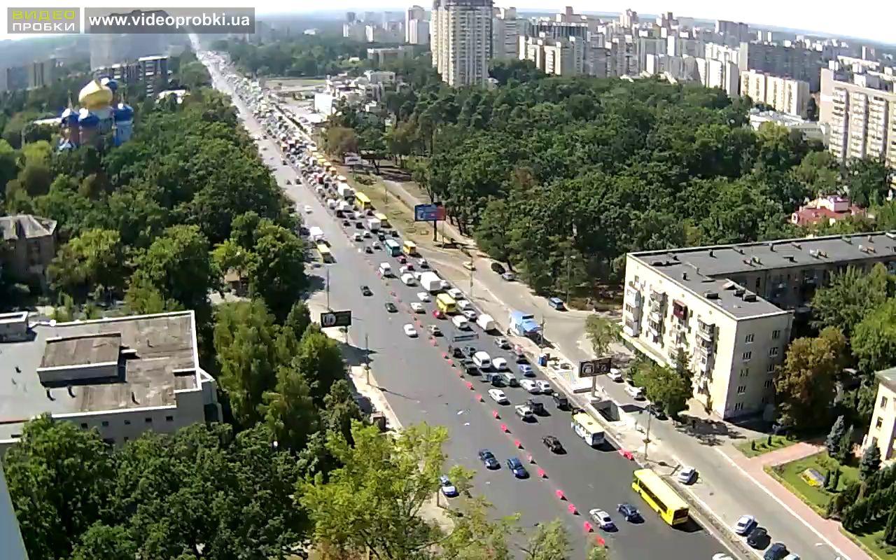 Также 23 и 24 августа ограничат движение по проспекту Победы