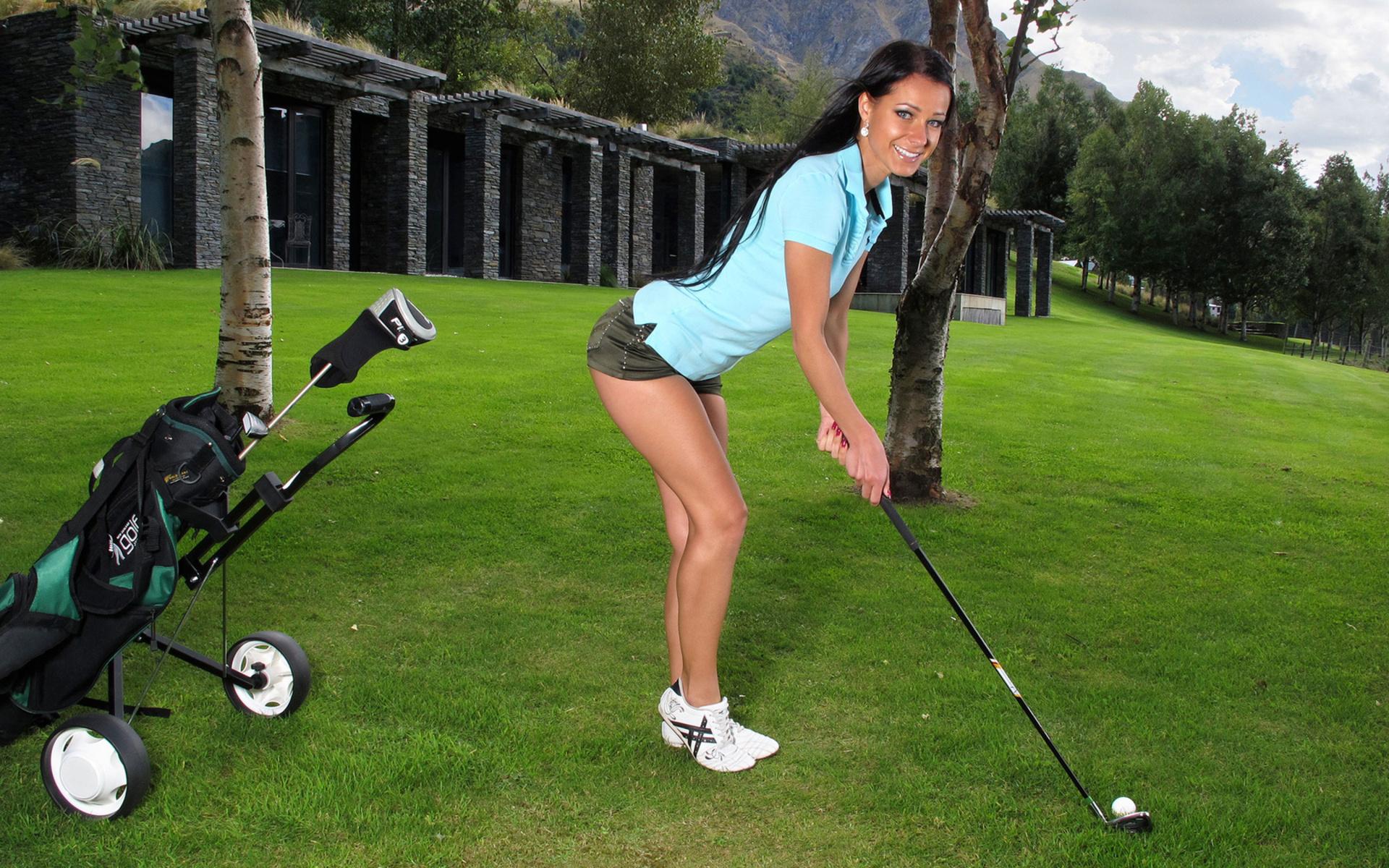 На поле для гольфа все должно быть идеально