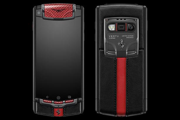 Последний совместный продукт Vertu и Ferrari - смартфон Vertu Ti Ferrari стоимостью 12,5 тысяч евро