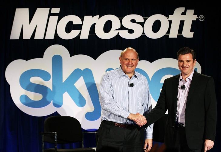 В 2011 году Microsoft покупает Skype