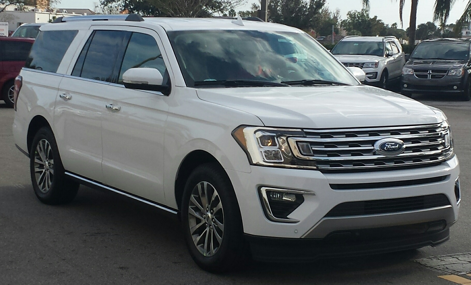 Ford Expedition - 48,7%