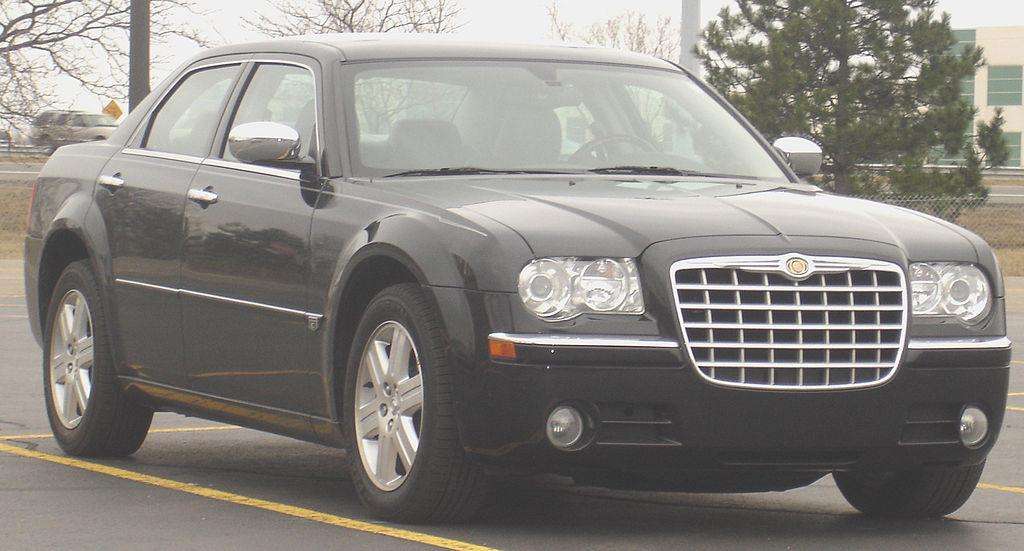 Chrysler 300C/ Lancia Thema