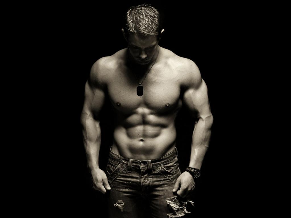 Плитка на животе - результат правильных тренировок