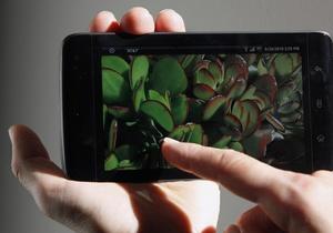 Смартфона AME 2000 стоит около $2 тыс.