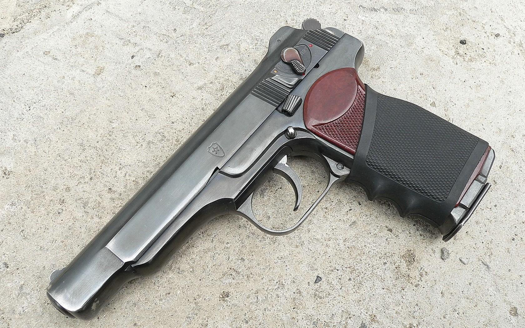Пистолет Стечкина отличался высокой точностью