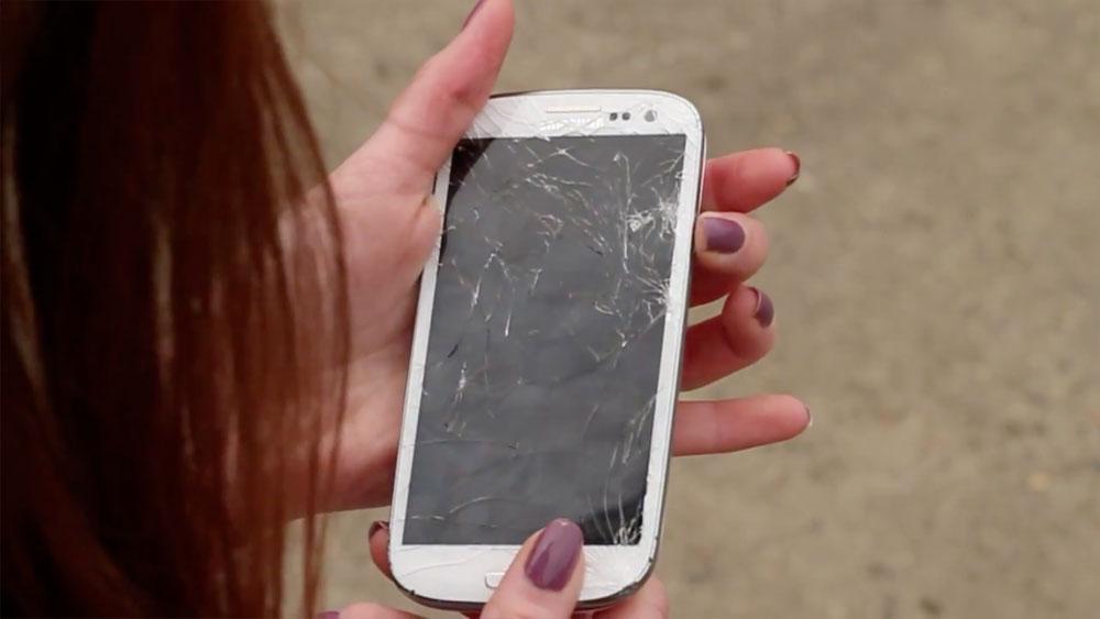Samsung Galaxy S III взорвался и загорелся