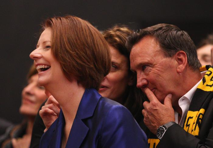 Премьер Австралии Джулия Гиллард не прочь пошутить о конце света