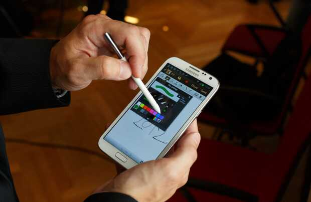 Galaxy Note 2 в действии