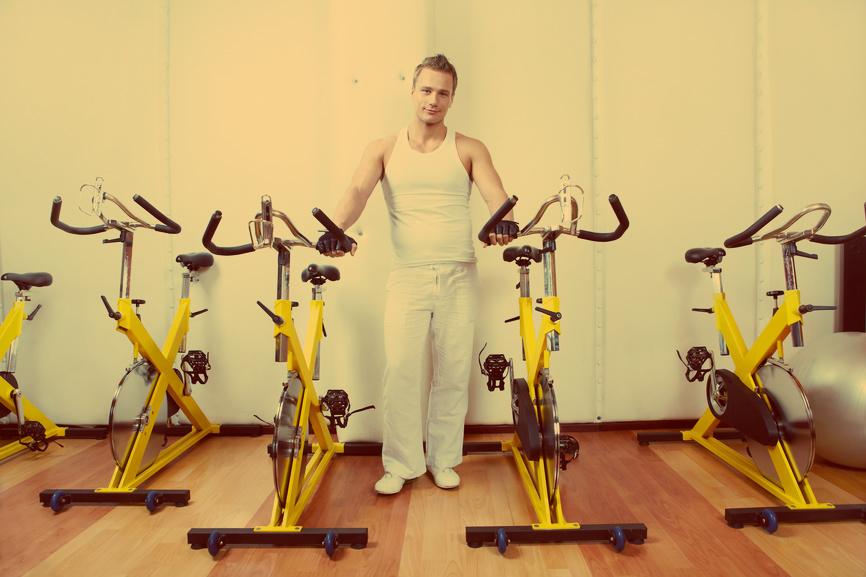 Физическая выносливость повышается интервальными тренировками на велотренажере