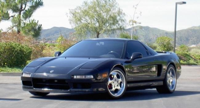 """Acura NSX  за надежность, добротность и элегантность была признана """"суперкаром на каждый день"""""""