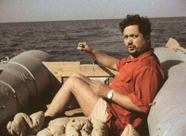 Ален Бомбар за 65 дней плавания в шлюпке пересек Атлантику