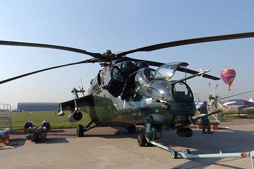 Российский военный вертолет Ми-35М