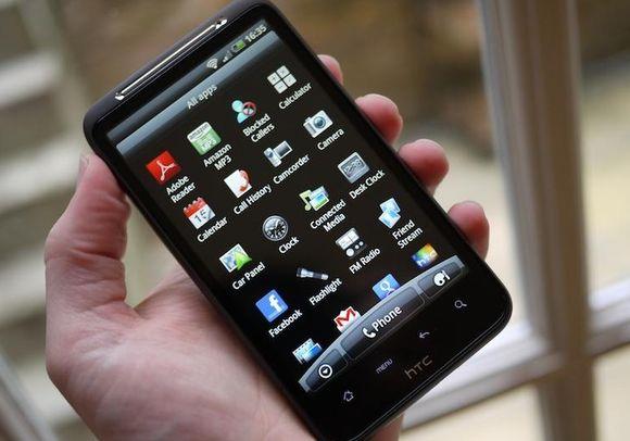 На девятой позиции —  HTC Desire HD. Этот аппарат опустился на один пункт по сравнению с прошлым рейтингом.