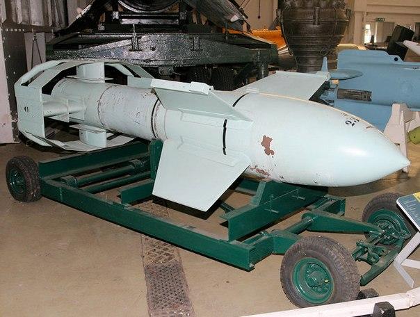 Немцы первыми придумали бомбы на радиоуправлении