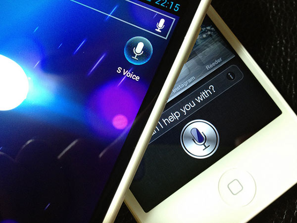 S Voice очень похож на Siri, по мнению Apple