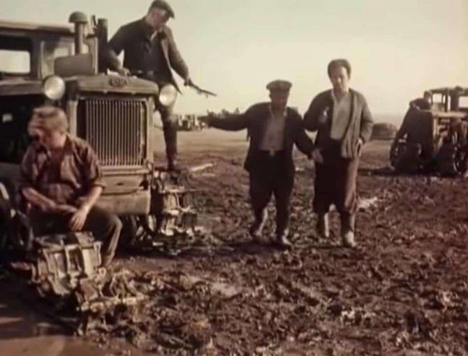 За всего годы в СССР было произведено 958 тысяч ДТ-54