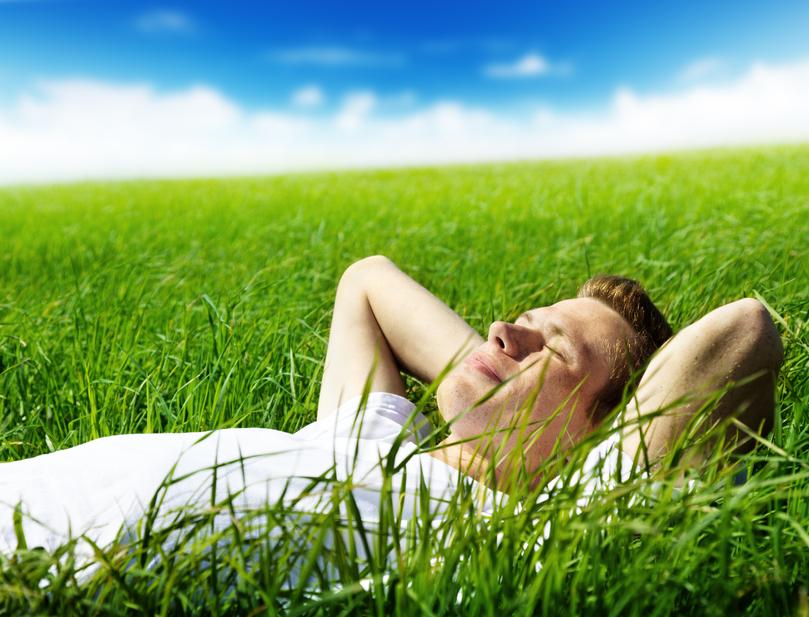 Умение радоваться этой жизни - главная особенность оптимистов, помогающая им жить дольше