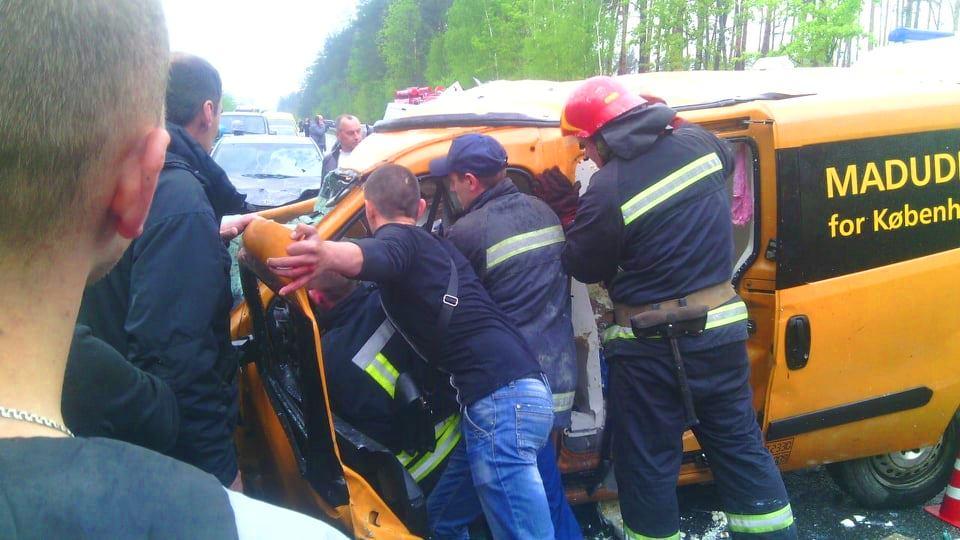 Заблокированным в своем автомобиле оказался водитель Doblo