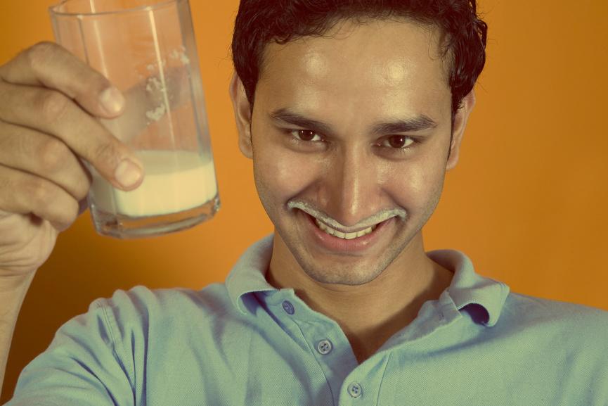 День молока - отличный повод выпить один из самых здоровых белковых напитков