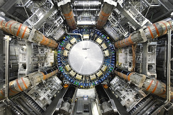 Внутри Большого адронного коллайдера