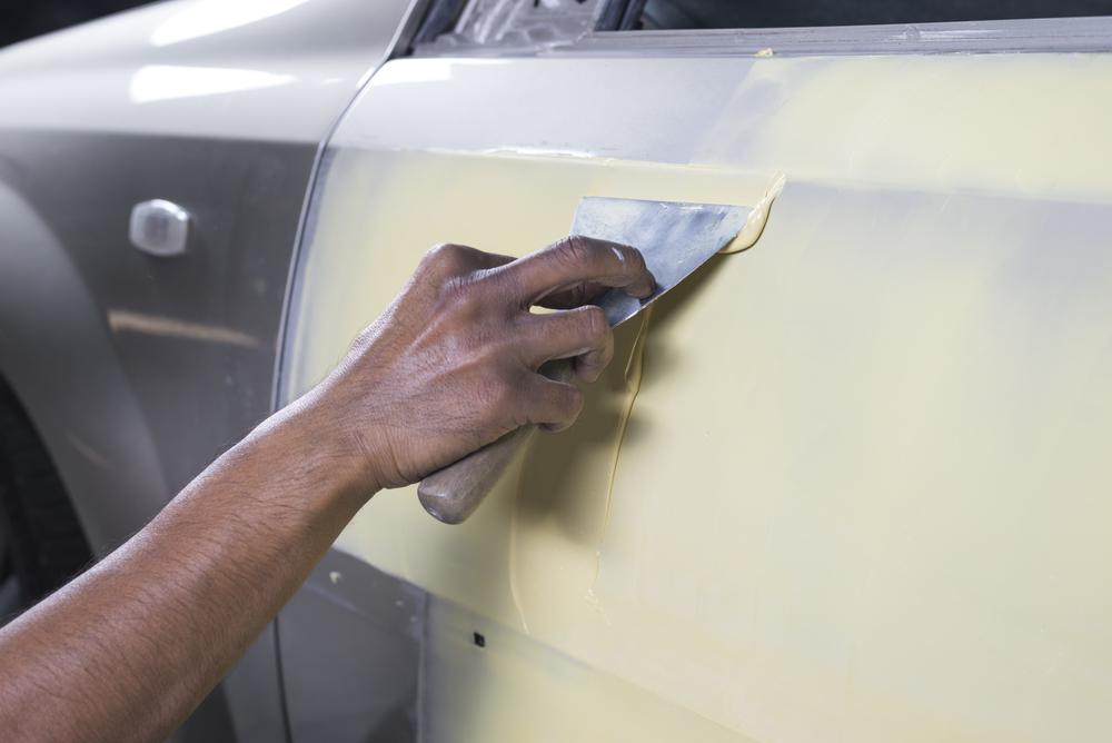 Шпатлевка автомобиля своими руками: советы опытных мастеров
