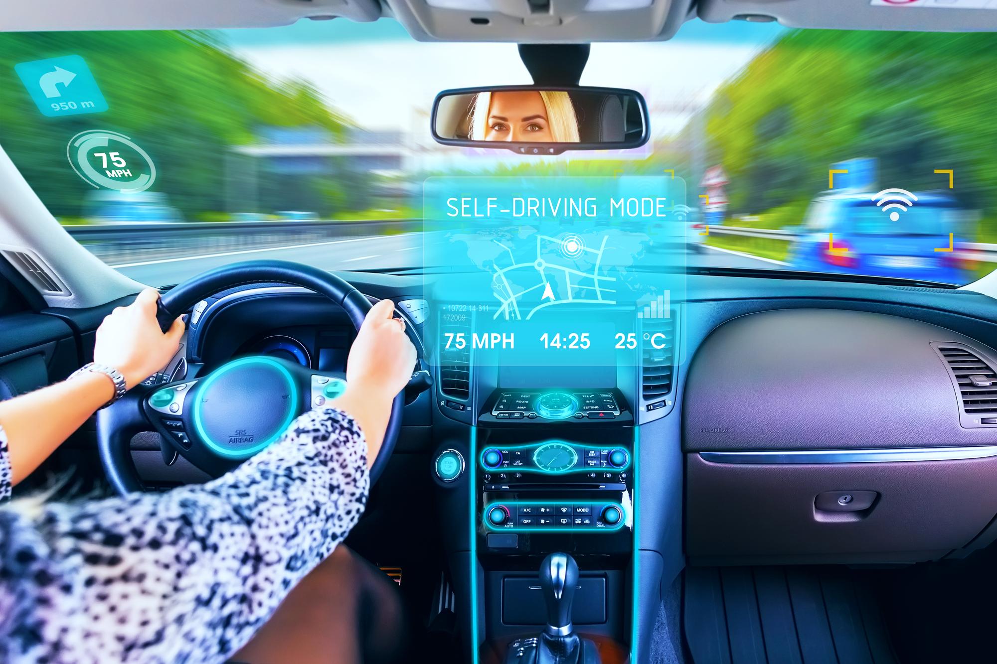 Как водителю сделать свою жизнь проще: Приложения и устройства