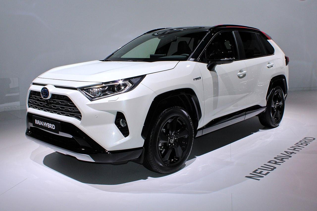 Лидер рынка гибридов - Toyota RAV4