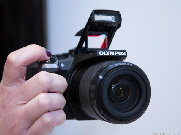 Stylus SP-100 с 50-кратным объективом