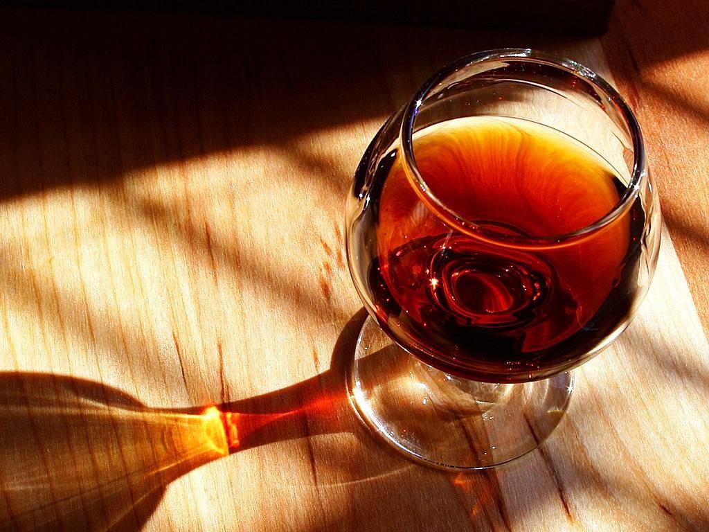 Казахстанцы отдают предпочтение благородным спиртным напиткам