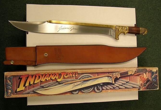 Главная фишка ножа Индианы Джонса — не тупящееся лезвие