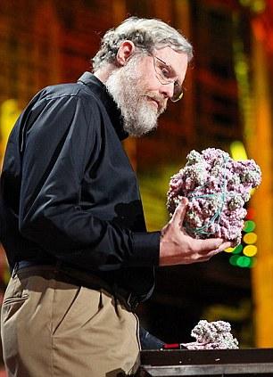 Профессор Черч намерен клонировать неандертальца