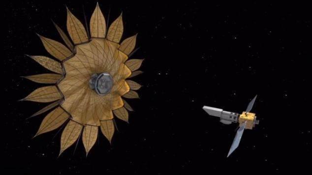 Спутник раскроется в космосе