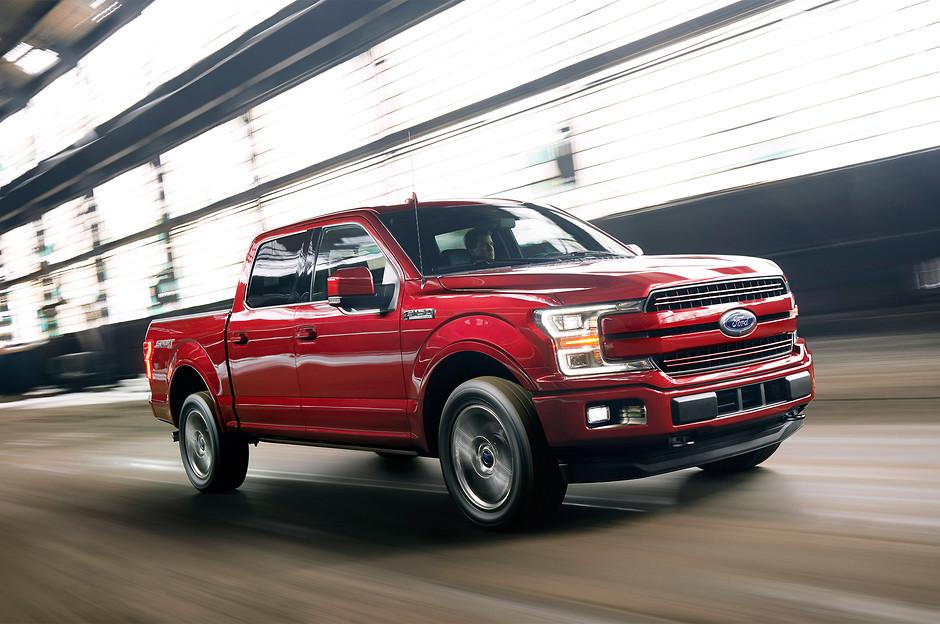 2. Ford F-Series (896 776 проданных авто)