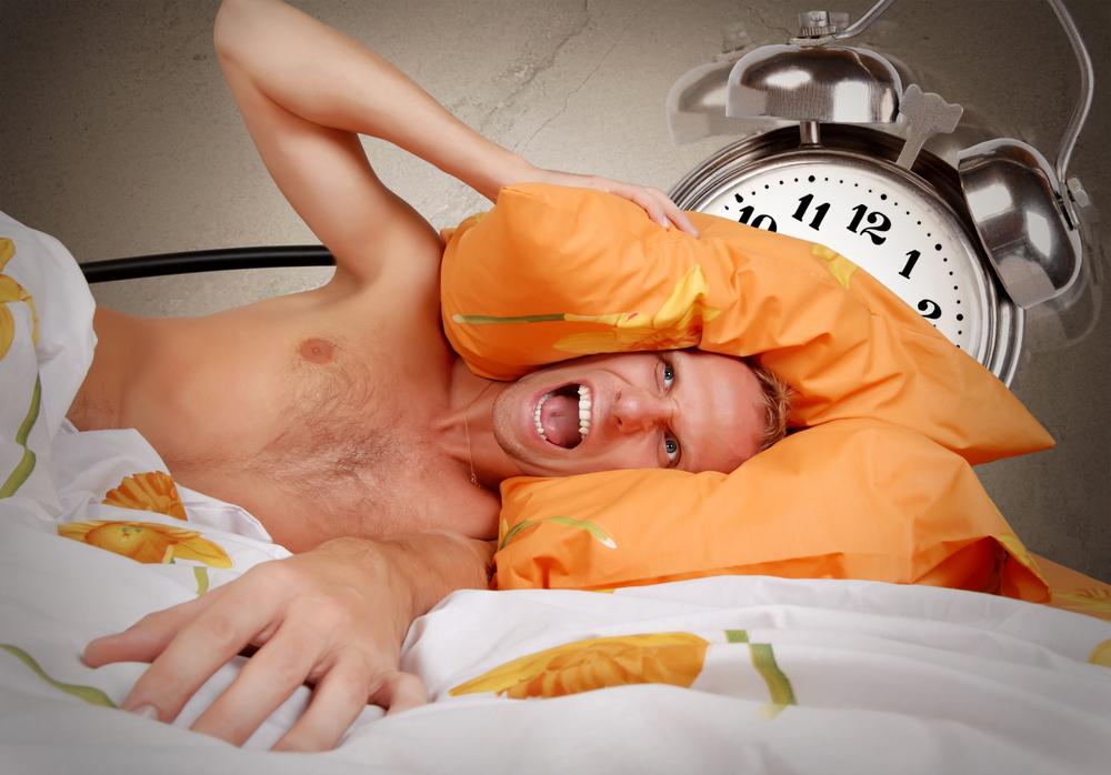 Одна из причин твоего стресса с самого утра — будильник