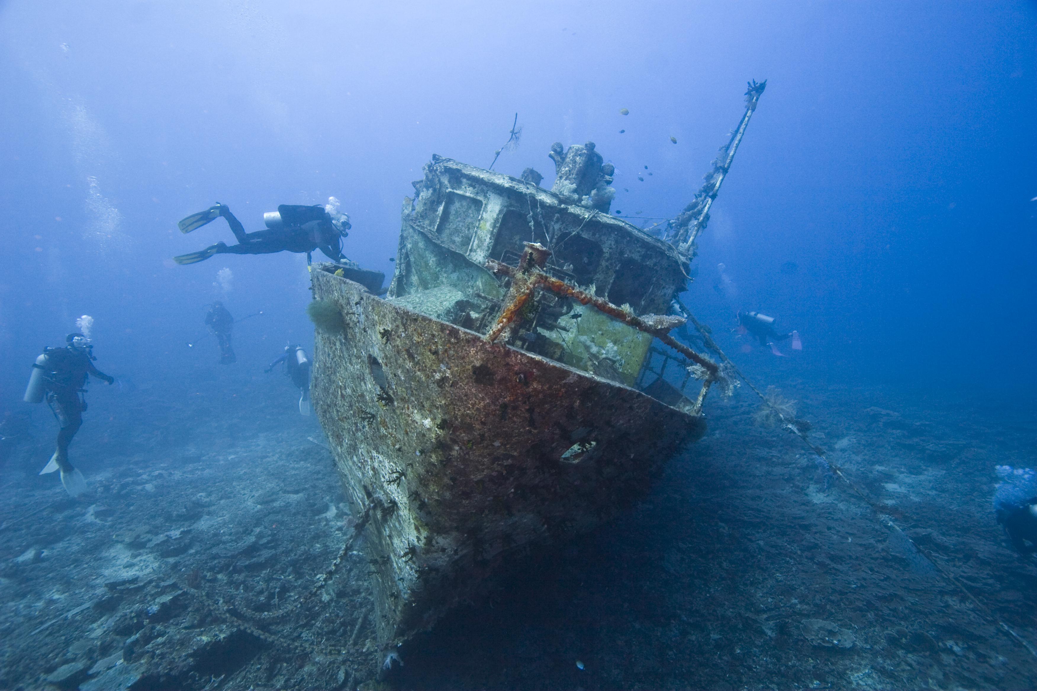 Затонувшие корабли - центр развлечений для дайверов