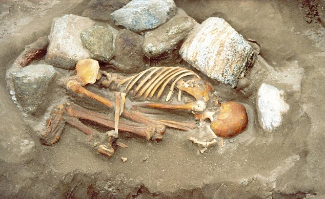 Древние мумии собирали по частям