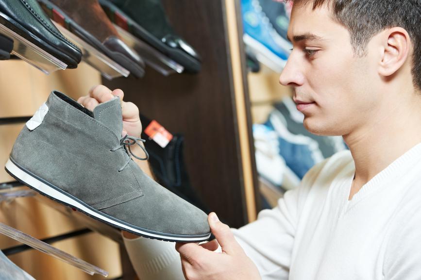 Содержать обувь в порядке еще и экономно: не придется покупать новую