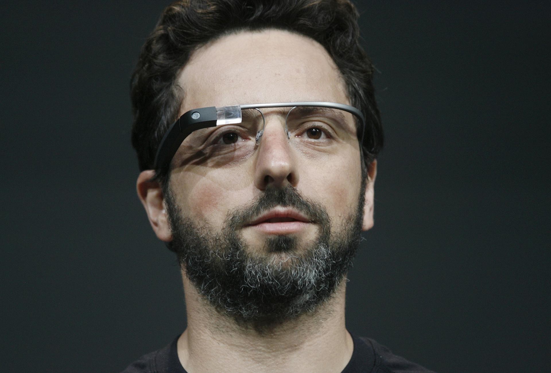 Сергей Брин демонстрирует очки Project Glass