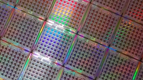 Новая технология позволит создать 110-ядерные процессоры