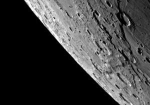 Меркурий сошел с орбиты после столкновения с астероидом