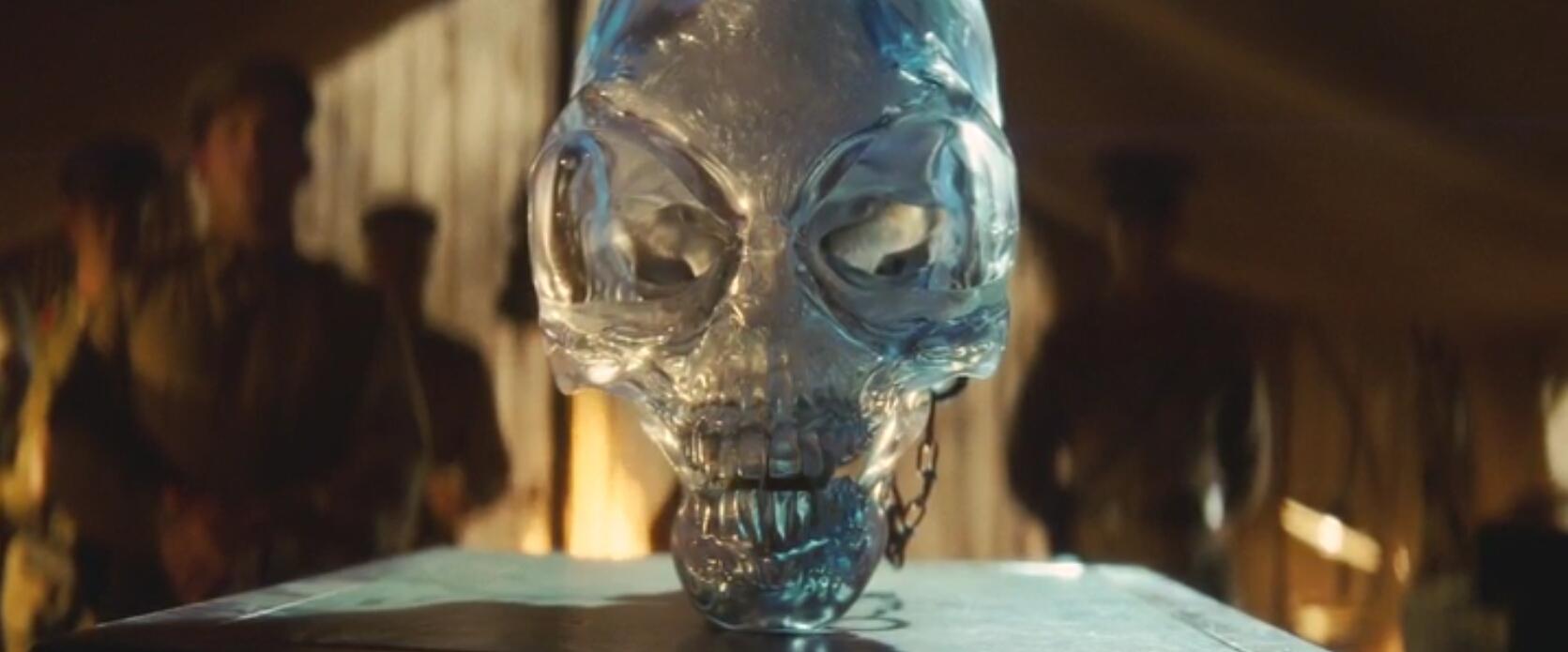 Историю о вытянутых черепах использовали Джордж Лукас и Стивен Спилберг в четвертой части фильма о похождениях археолога с кнутом — Индиана Джонс и Королевство хрустального черепа.