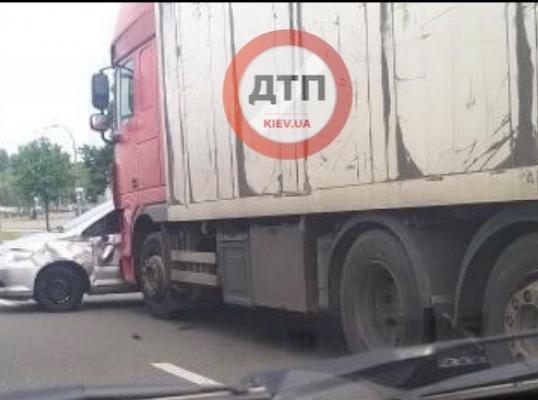 Беспредел на дорогах Киева и области: Сводка за 27 мая