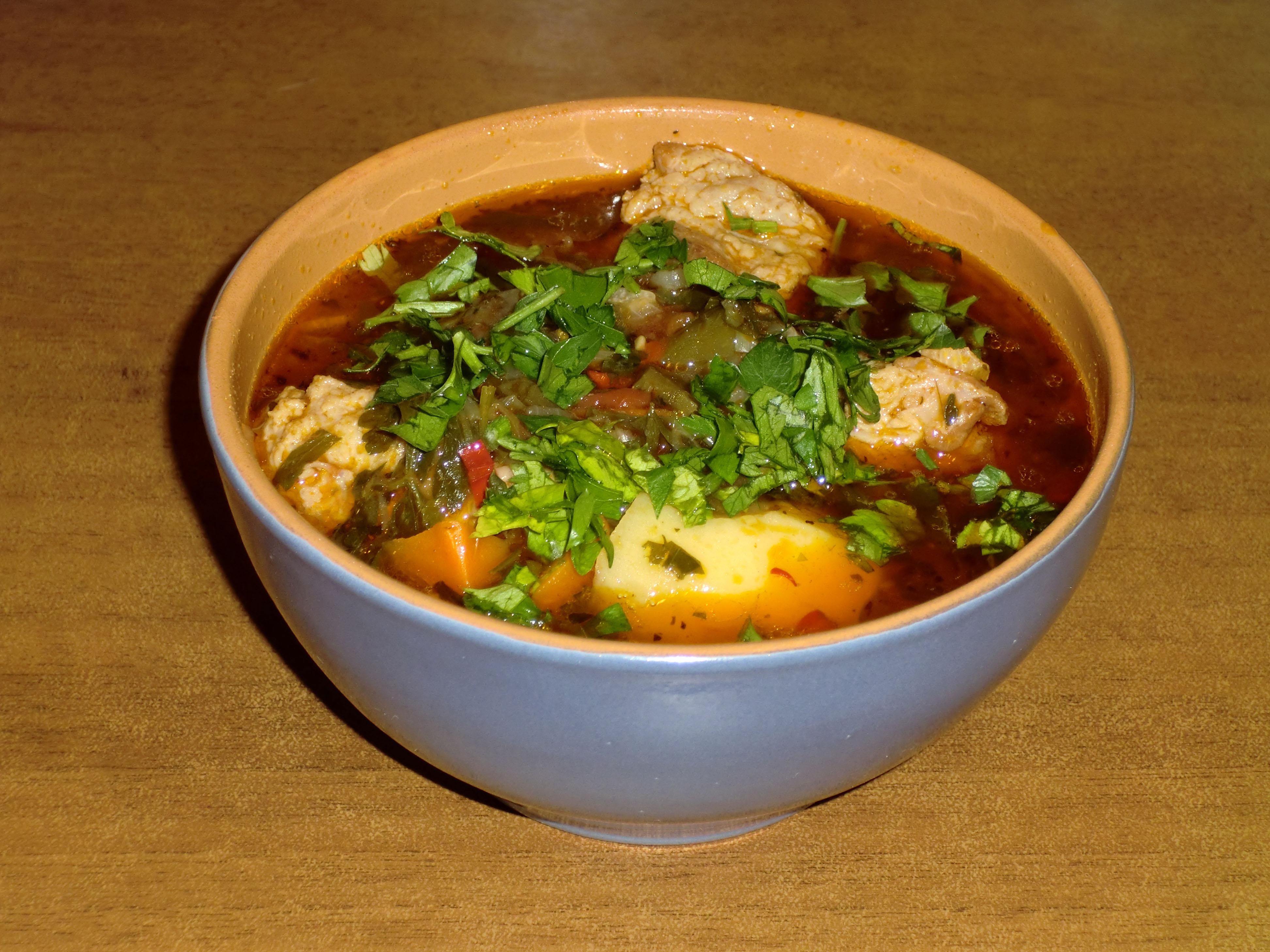 Во время похмелья узбеки пьют национальный чудо-суп